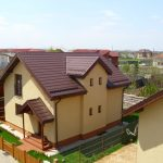 3 aspecte de îmbunătățit la aspectul exterior al unei case pentru a-i crește prețul de vânzare