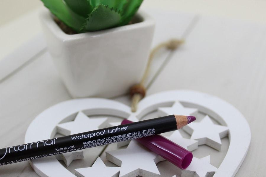 creion contur buze Flormar
